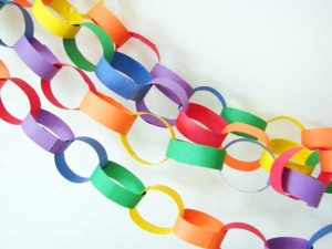 paper-chain-link-rainbow