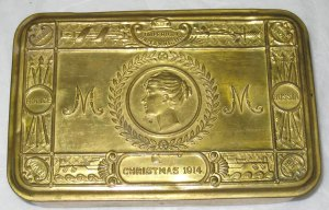 Princess-Mary-Christmas-Gift-Tin-1914