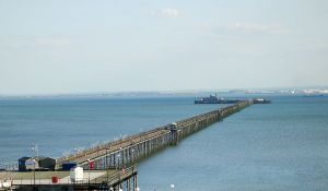 southend_pier_autumn_2007_-_crop
